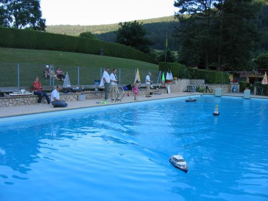 Navigation piscine de vallorbe 4 et 5 juillet 2008 for Piscine 5 juillet