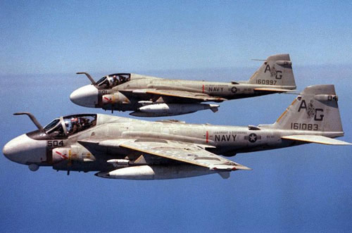 Grumman A-6 Intruder y EA-6B Prowler 45080098a-6-intruder-1-jpg