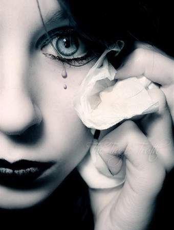 Cette fille de 11 ans a pleur quand le directeur d'cole