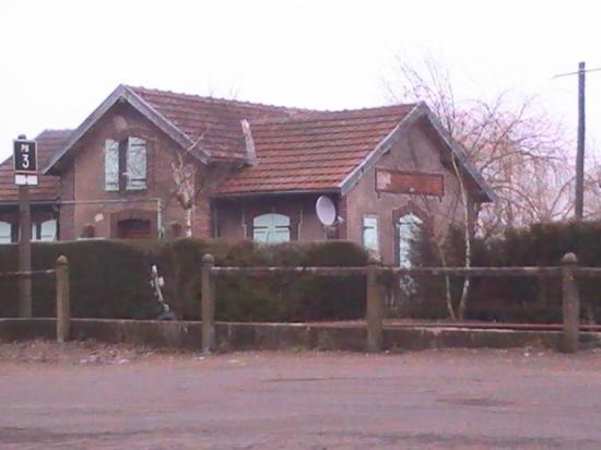 Maison de PN sur la route en direction des Osmeaux