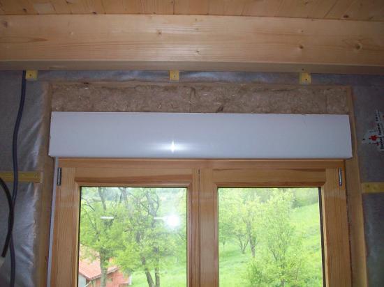 cache volet roulant interieur cacher un coffre de volet. Black Bedroom Furniture Sets. Home Design Ideas