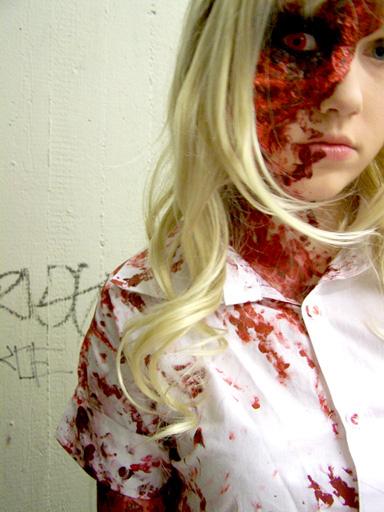 Horror Lolita quand l'Horror envahit le lolita! 84638502horror-girl-54-jpg