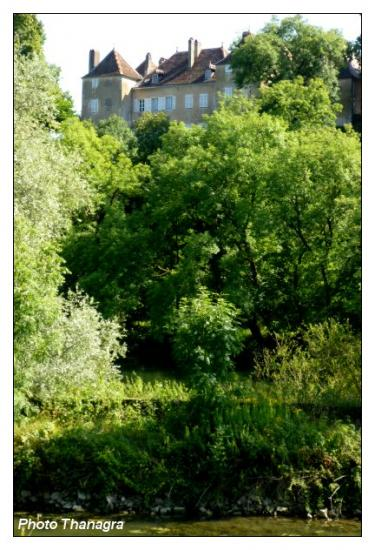 Le château de Roset-Fluans