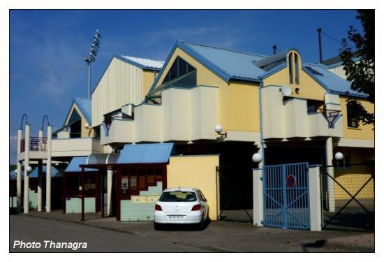 Stade Roger Serzian