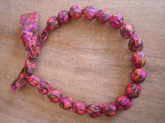 Collier Wiltshire prune-corail