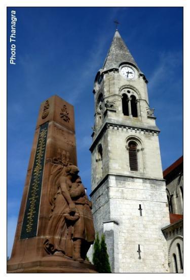 Eglise et monument aux morts