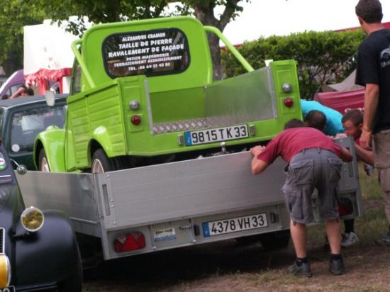 2cv pick up vert