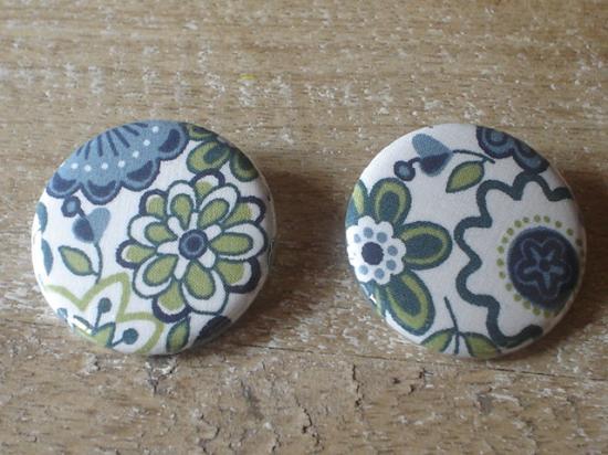 Badge 32 Lauren bleu et vert