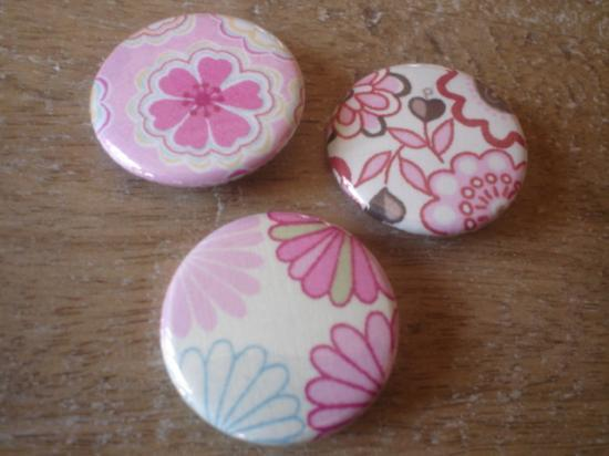 Badges 32 Lot rose