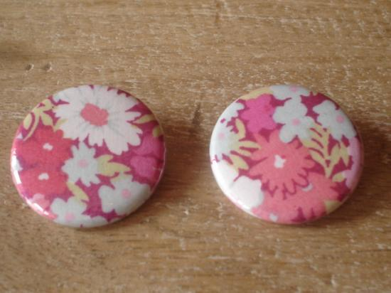 Badges 32 Thorpe rose