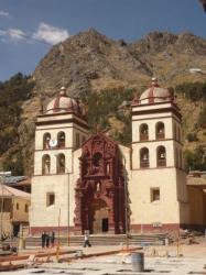 Iglesia plaza de armas - Huancavelica
