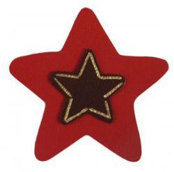 étoile de cuir couleur rouge décoré à la dorure à chaud