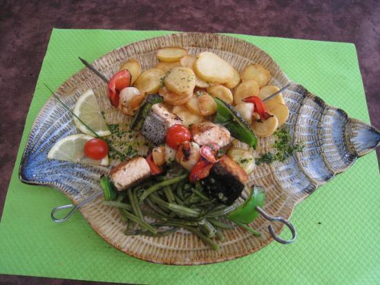Brochettes de noix de Saint-Jacques et saumon