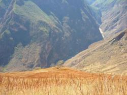 Vista sobre el canyon con el Apurimac