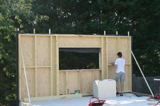 montage premier panneau premier panneau lev - Comment Construire Un Garage En Bois