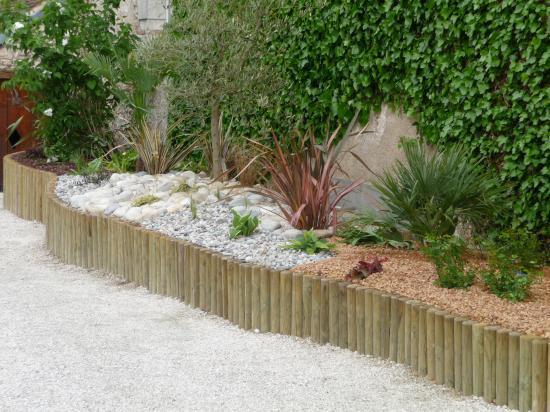 Rondin Bois Jardin. Jardipolys Bordure De Jardin En Bois Derouler ...