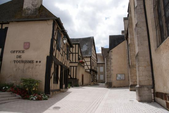 aubigny sur nere latin dating site Know-how dating back to the start of the 19th apartment for 5 people in aubigny-sur-nère photos of category la chapelle-d'angillon castle to view and.